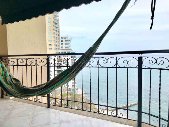 Apartamento frente al mar en el peñón del Rodadero