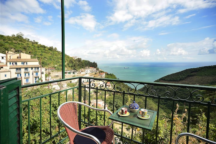 Casa di Paola, magic spot with seaview