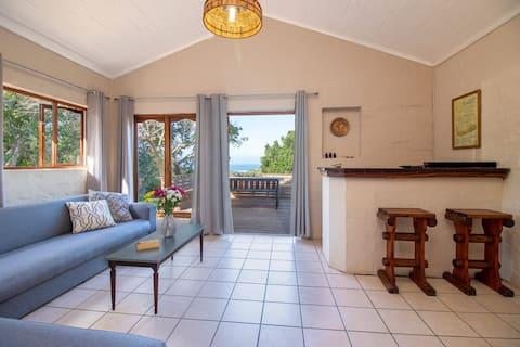 Umtunzi Guest House: Modern Farm Stay