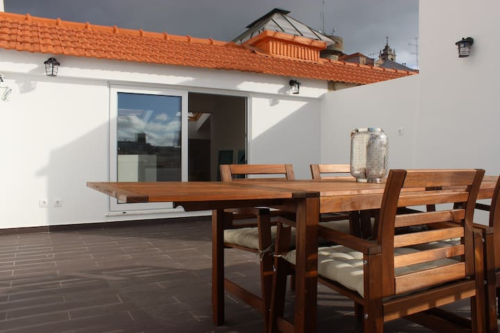 3 BR Penthouse with A/C and Private Terrace - Lisboa - Apartment
