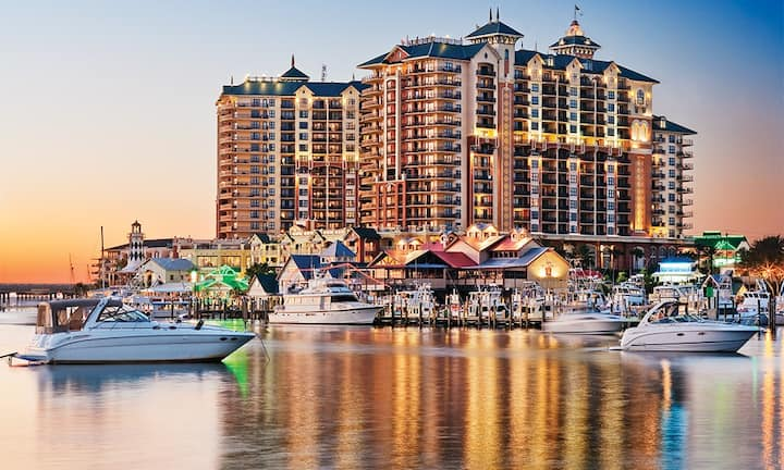 3BR Emerald Grande at Harbor Village