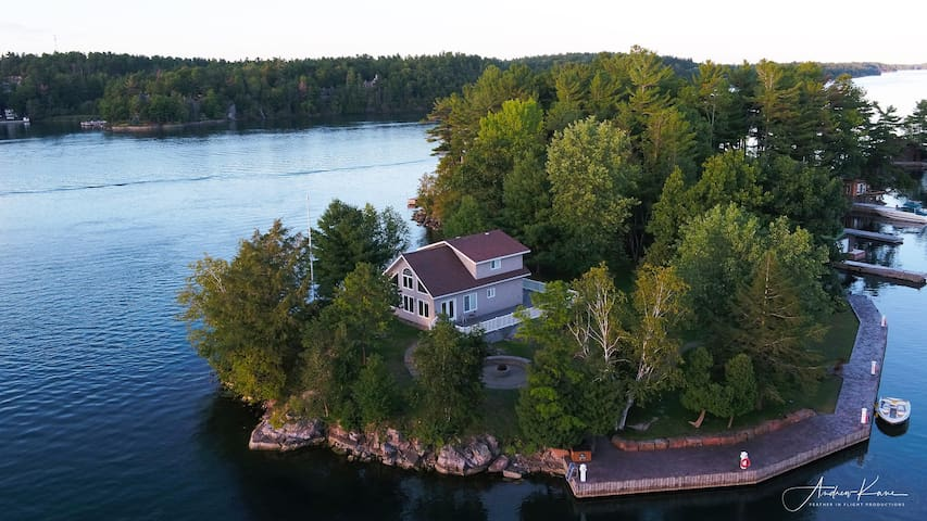 Private Island in the Thousand Islands