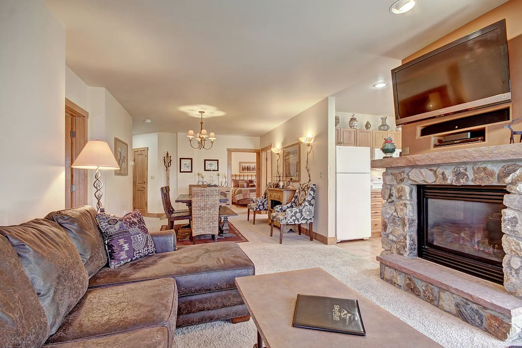 Living Room - There is a gas fireplace.