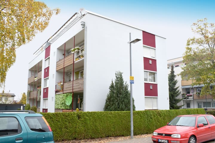Komfortables Apartment mit Weinberg-Panorama