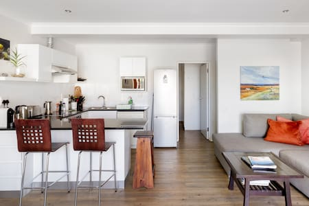 Stroll to the Beach from a Central Camps Bay Apartment