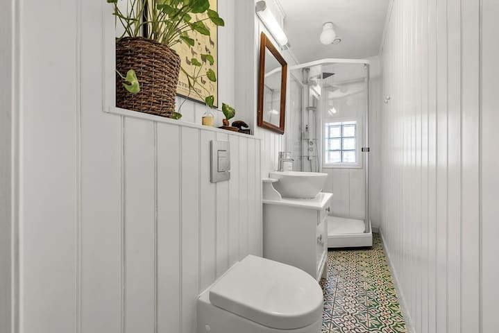 Bathroom is with floor heating. It is shared one for the flat