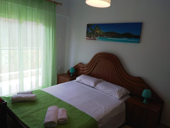 Flat / Ground Floor / 60s.m. / 4 beds / 5 persons