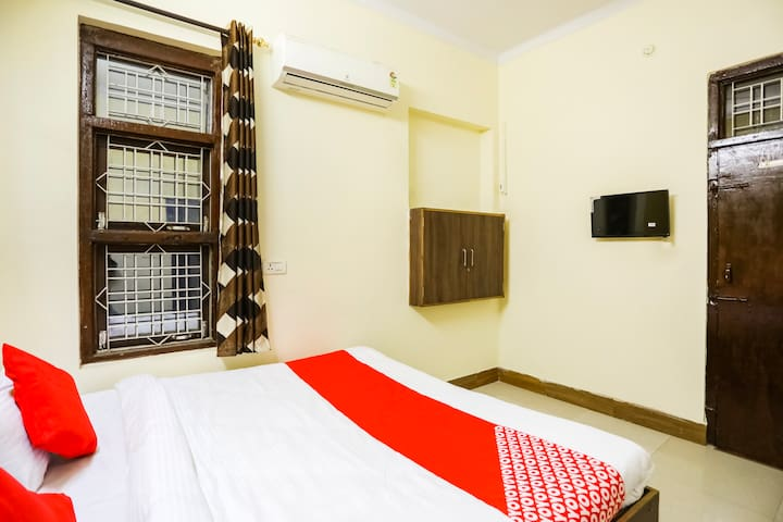 OYO 1 BR Stay In Alwar