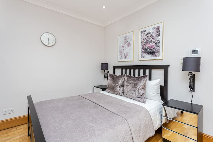 Exclusive apartment in the Bloomsbury area
