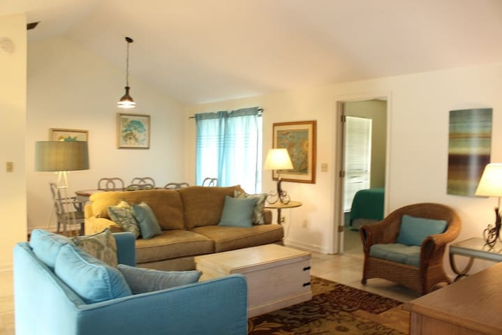 Linkside 476, Free Golf and Activities! Pet-friendly Fenced Yard
