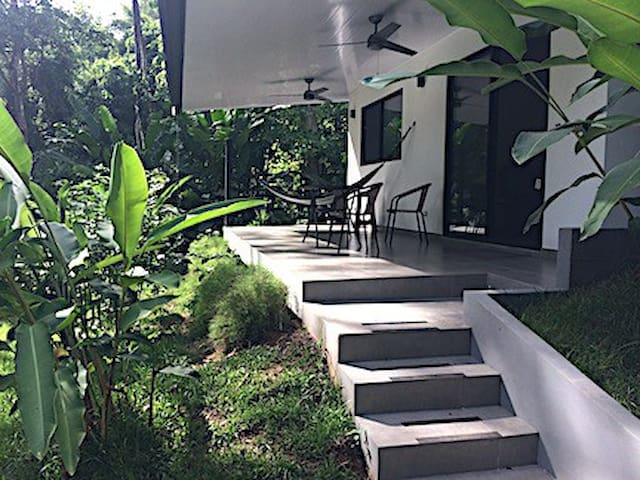 Colibrí Jungle House - Dominical  NEW LISTING