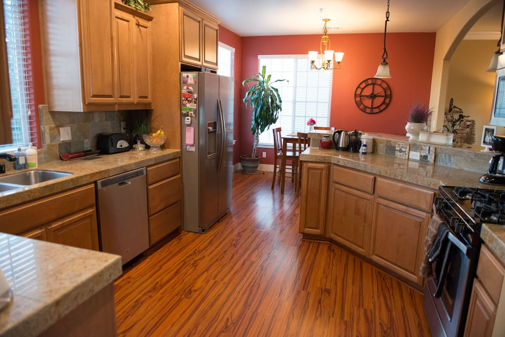 Large kitchen w/selection of teas and coffee