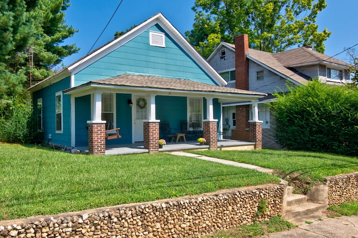 Adorable 2 Bed 2 Bath North Chatt Bungalow