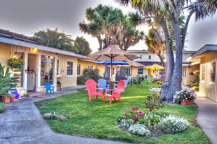 Enchanting Escape-Beach House Inn