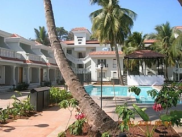Excellent apartment with pool @Goa!