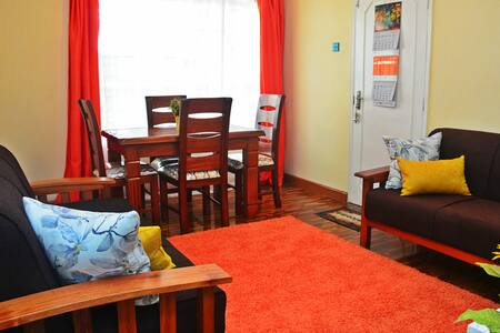 Sunny Vale Kileleshwa, Entire 1 Bedroom Apartment