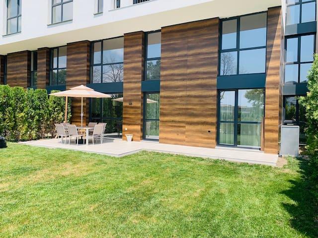 Sarafovo garden apartment close to the beach