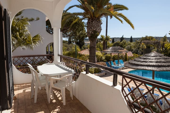 A Villa Jacaranda-MontedaLuz 2