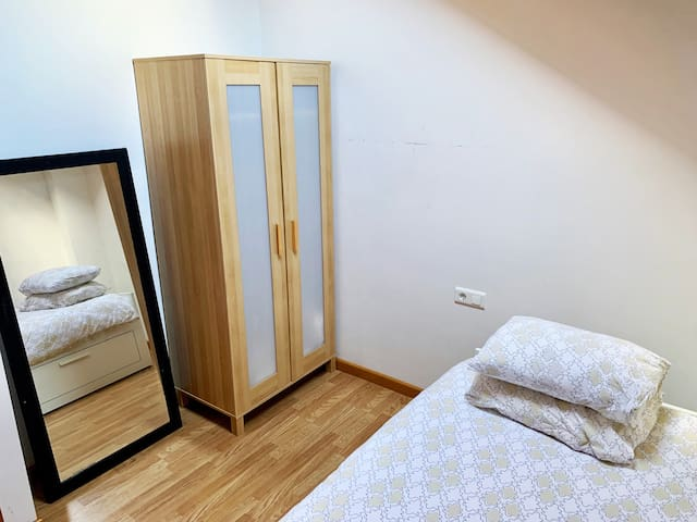 Bedroom 3, single room with pull out and turns into a large double bed