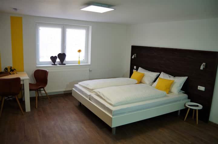 1-Zimmerwohnung mit Küche SONNENBLUME