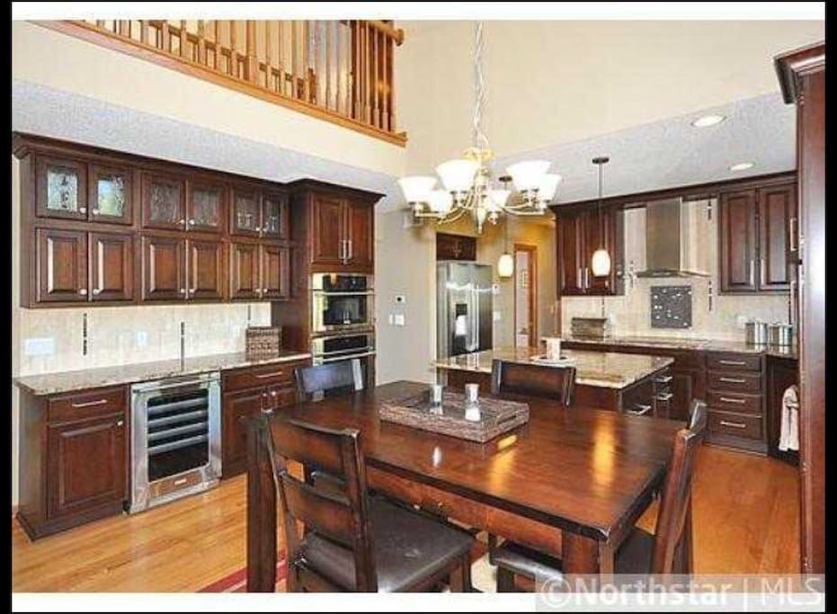 Open kitchen ready for entertaining!