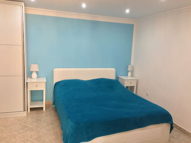 "Apartment ""Ela"",Guest house ""Sidro"""
