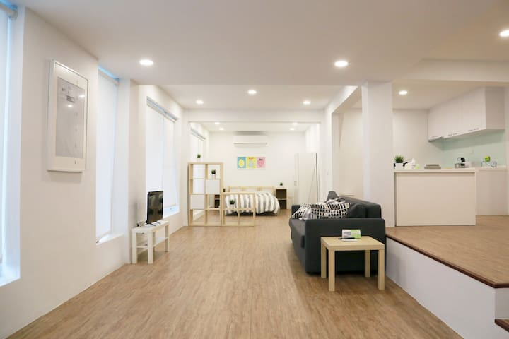 THE WHITE HOUSE 白色基調~擁有絕佳寬敞居住品質的整層小屋 - Xindian District - Outro