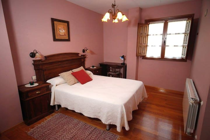 Habitación Casa Xuaquin en Moal, Cangas Del Narcea
