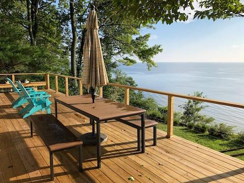 Chesapeake Bay Cliffs Getaway