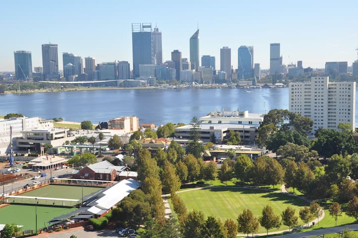 South Perth  Luxury apartment Stunning views
