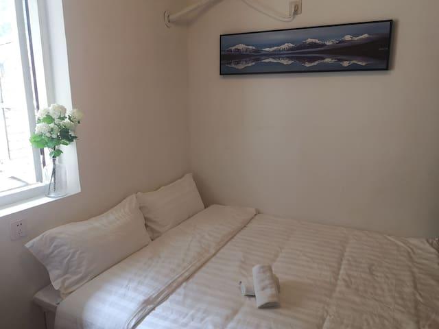 福楼(54)永康路咖啡街零距离的石库门双人公寓