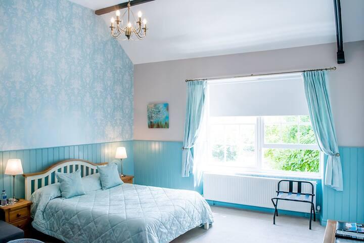 Swan Hotel Wotton | Room 9