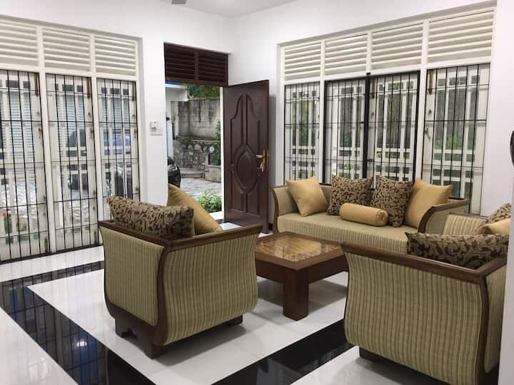 Brand new apartment with garden in Colombo suburbs