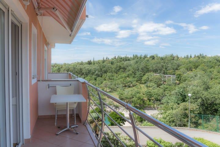 Studio Apartment, beachfront in Dramalj (Crikvenica), Balcony