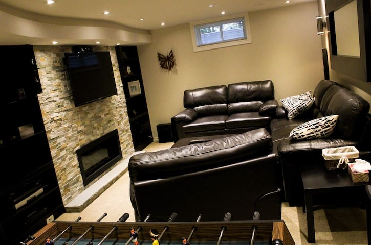 3BR/3BATH Beautiful Home In The National Capital