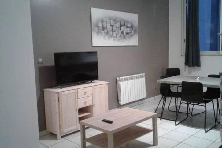 Apartamento-Básico-IPARLA-Habitación con desagüe