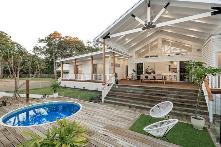 Leuca Beachhouse; Hamptons Luxe meets Coastal Chic