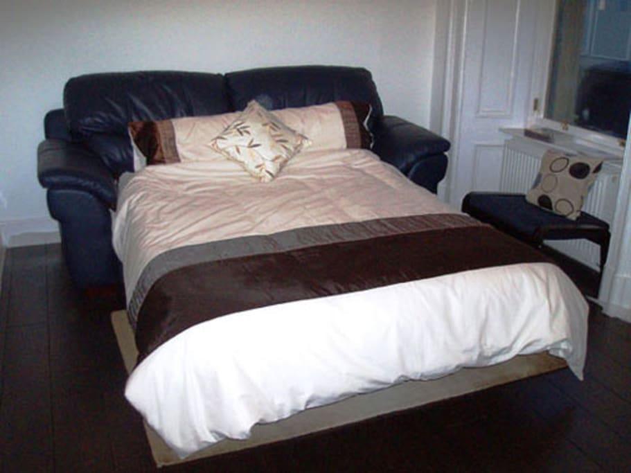 Sofa becomes a comfortable double sofa bed