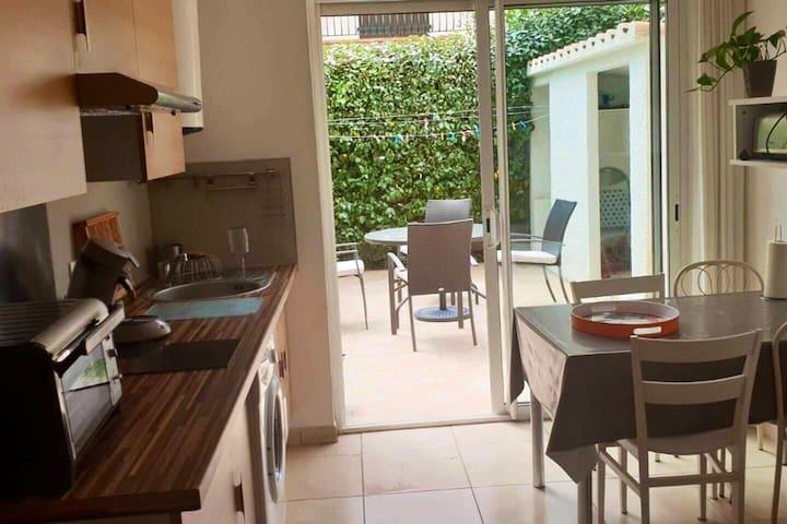 appartement T2  avec terrasse et jardin privé