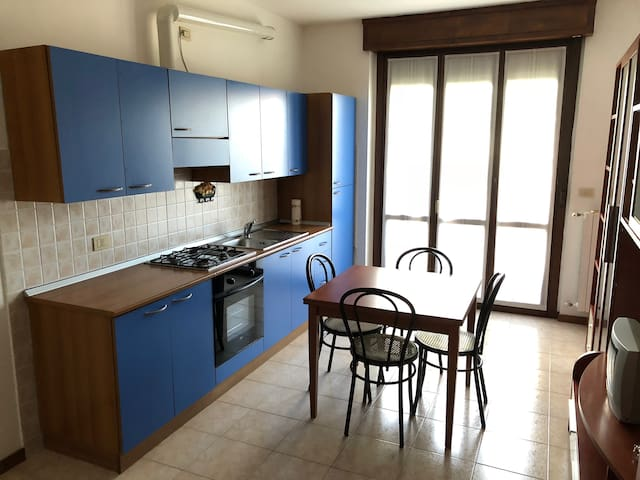 Wide one-room apartment in Seregno