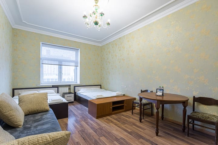 Family Apartments Moscow city central for 6 pers.