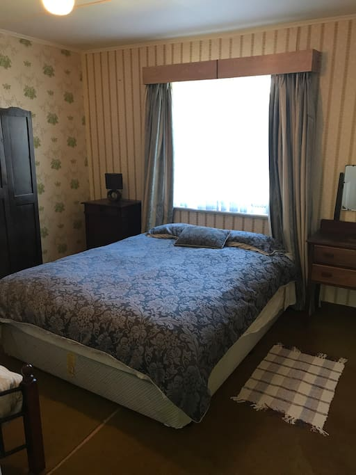 Second bedroom - queen bed and single bed