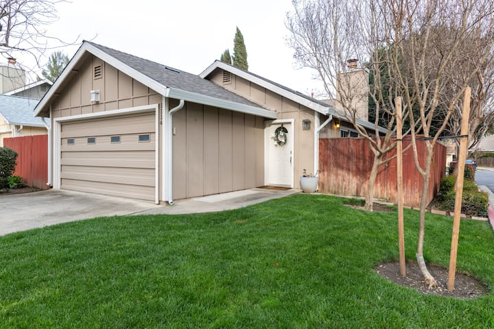 Centrally Located Home with Garden and Pool!