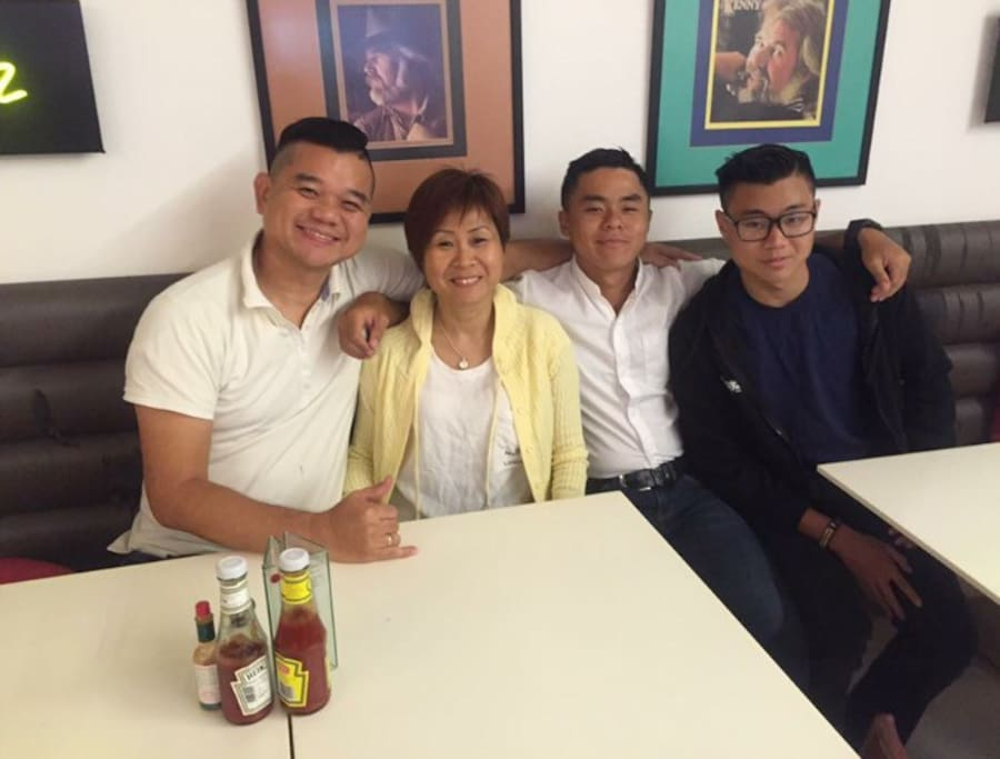 We are your hosts, Anthony, Esther, Shawn (elder son) and Kapono (Hawaii born Chinese). We like to travel and make new friends. Sure, we love to know more about you and can have good chats once you are free at night.