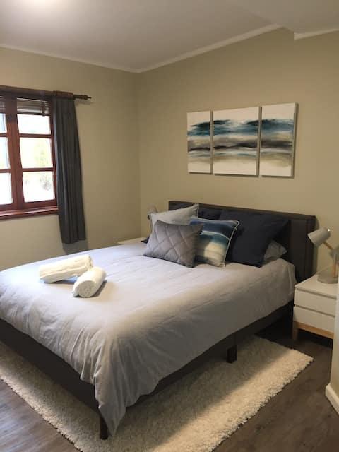 Renovated Cosy Studio Apartment