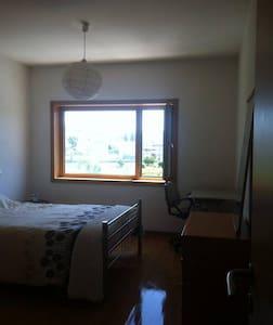 WTCC quarto + sala + casa de banho + cozinha + gar - Vila Real