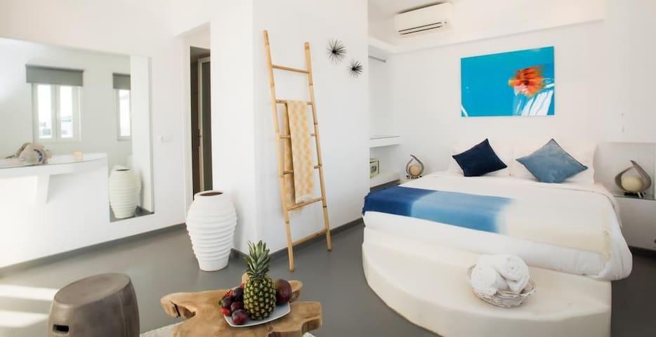 Jonaz luxury Suite
