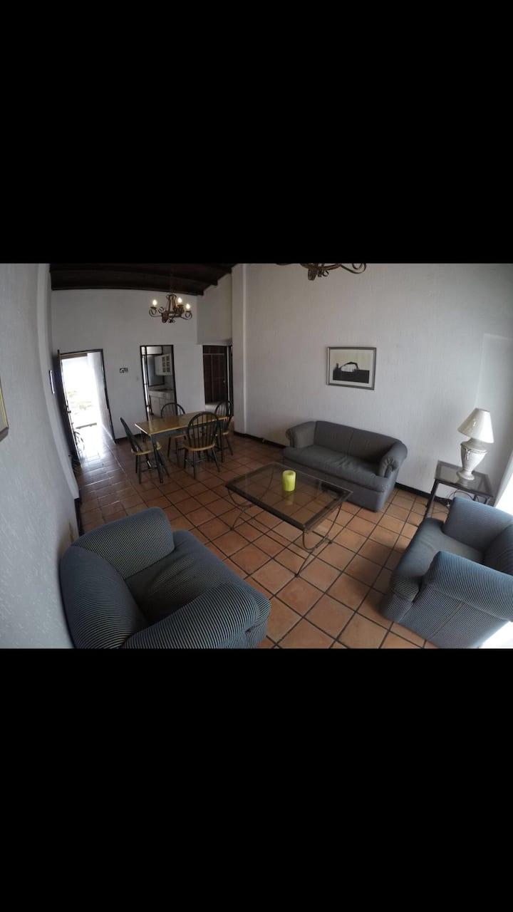Apartamento amplio y tranquilo