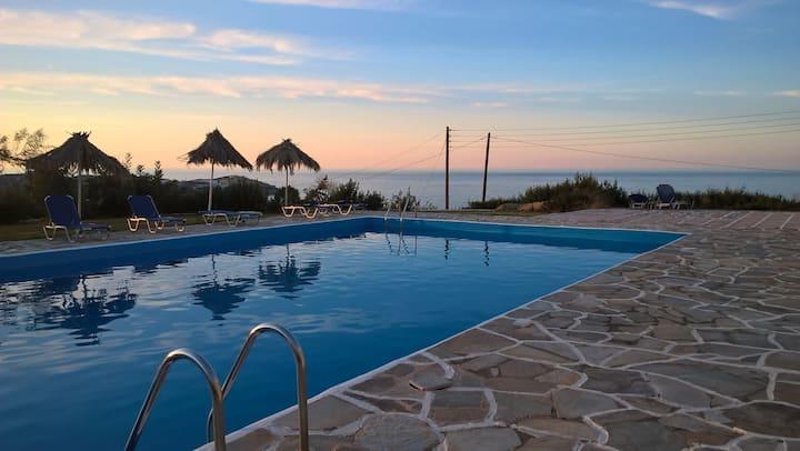 Bellevue Village & Suites in Crete#8