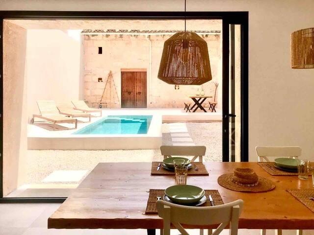 Pretty Mediterranean family house bike pool Petra